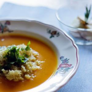 Kürbissuppe-mit-Quinoa